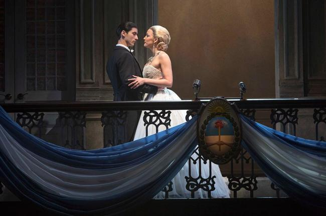 Peron (Sean MacLaughlin) and Eva (Caroline Bowman) on the Balcony of Casa Rosada, Evita