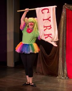 Sarah King as The Green Clown