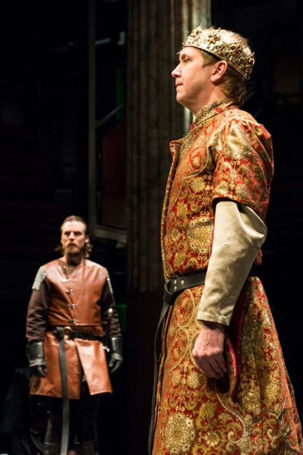 Henry Bolingbroke (L- Patrick Kilpatrick) and King Richard II (R- Jonas David Grey)