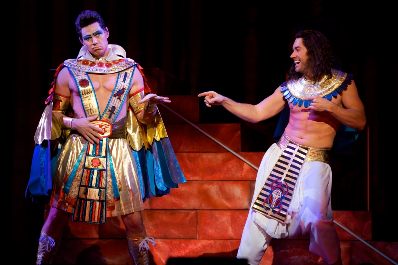 Review Joseph And The Amazing Technicolor Dreamcoat At