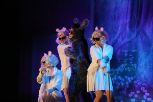 Donkey (C- Gary Dieter) and the Three Blind Mice (Libby Burgess, Emily Morgan, and Jessica Schaub Phillips)