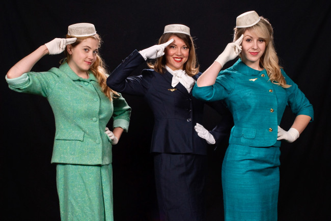 Sarah Wade (left) as Gabriella, Debra Kidwell (center) as Gloria, and Rebecca Gift (right) as Gretchen in Boeing Boeing
