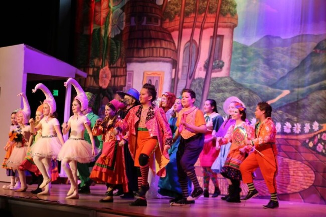 The Munckins of The Wizard of Oz at The Suburban Players