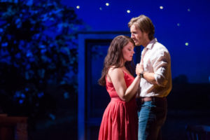 Elizabeth Stanley (Francesca) and Andrew Samonsky (Robert) in the national tour of THE BRIDGES OF MADISON COUNTY.
