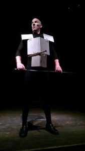 "Flynn (Alex Hacker) as Lord Richmond in Richard III preparing to slay Richard III in ""His Majestic Lump of Foul Deformity"""