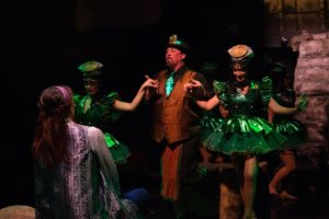 David-Bosley Reynolds (center) as Potiphar