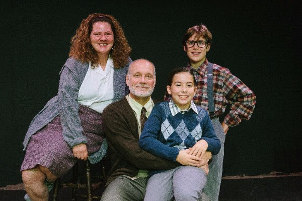 (L to R) Laura Stark as Mother, Tim Seltzer as The Old Man, Searlait Hoyt as Randy, and Sawyer Makl as Ralphie Parker