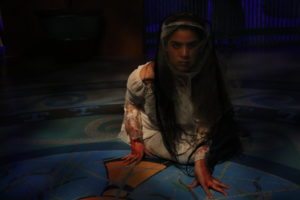 Mani Yangilmau as La Llorona