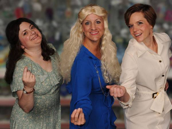 Regina Rose (left) as Mona, Jennifer Skarzinski (center) as Sissy, and Laura Malkus (right) as Joanne in Come Back to the Five and Dime, Jimmy Dean, Jimmy Dean! at Cockpit in Court