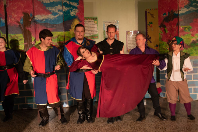 Kristin Miller (center) as Princess Winnifred and (L to R) Brittany Runk as Sir Harold, Mike DeNicolis as Sir Michael, Christopher D. Pence as Sir Russell, Joe Weinhoffer as Sir Studley, H. Ray Lawson as Sir Luce, and Mel Tillery as Jester
