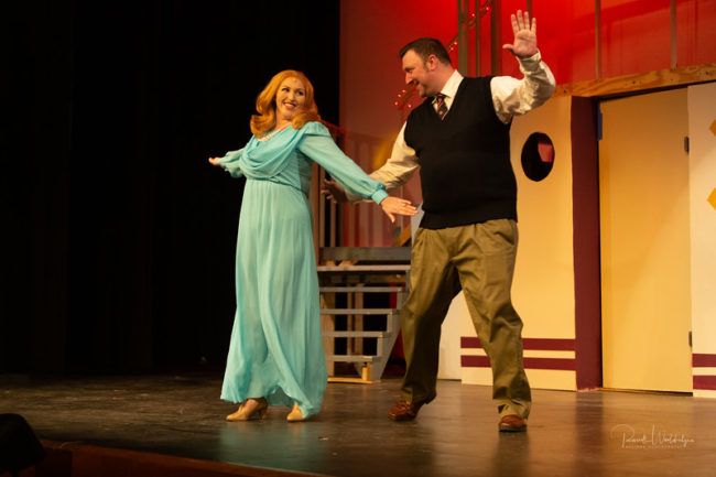 Rebecca Hanauer (left) as Hope Harcourt and Jim Gross (right) as Billy Crocker in Anything Goes
