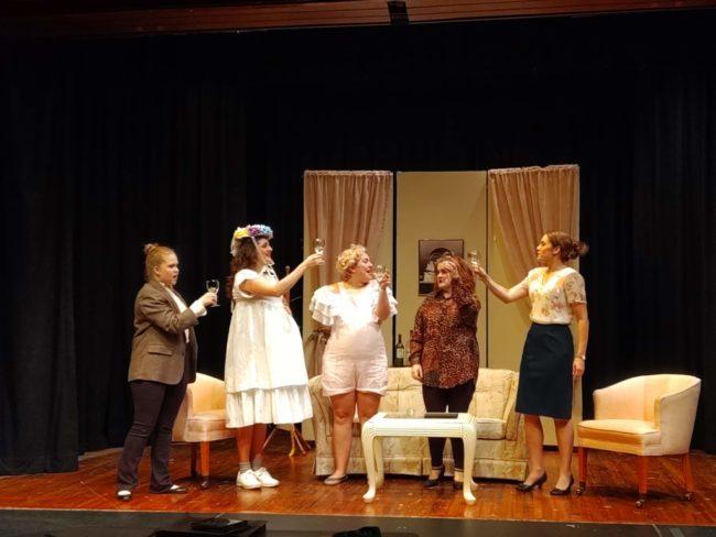 (L to R) Alayna Radner as Denise, Shannon Willing as Lisa, Kateri Pelton as Betsy, Carisa Hatfield as Susan Johnston, and Erin Klarner as Heidi Holland. Photo: Amanda Gunther